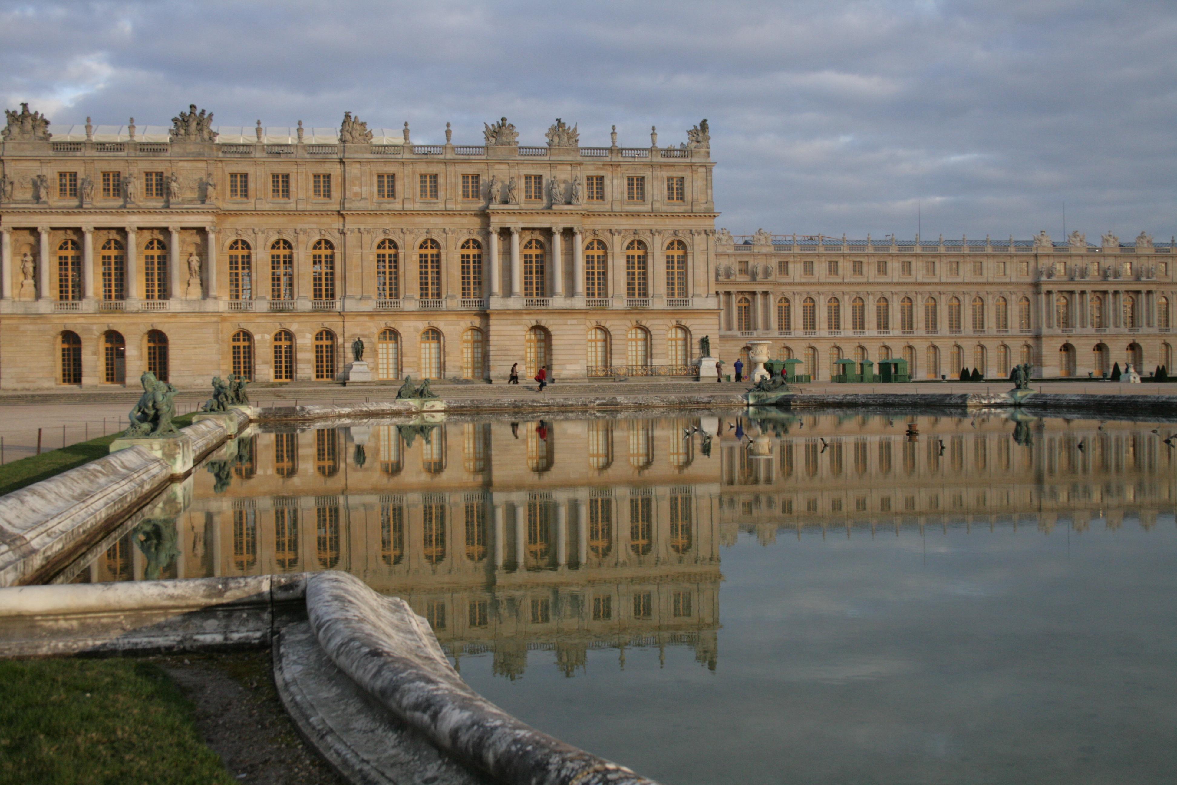 Chateau de versailles day trip from paris france escape with style - Photo chateau de versailles ...