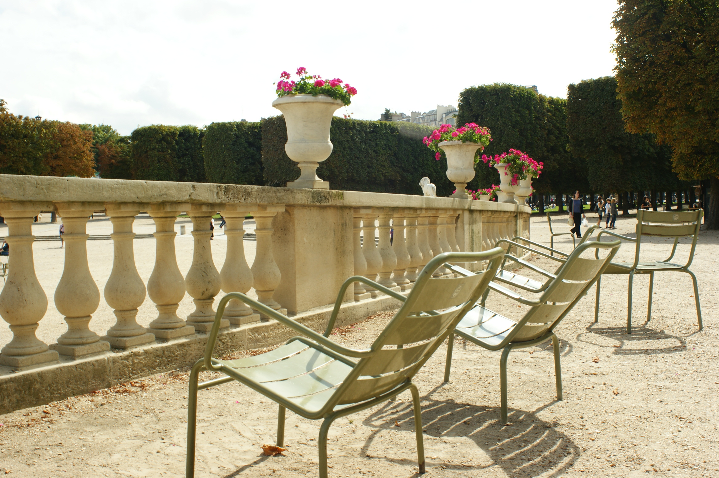 Paris trip planning 5 day itinerary escape with style for Cafe jardin du luxembourg